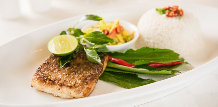 The pangea fusion nagaworld for Aura world fusion cuisine