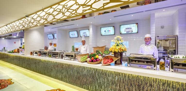 N2 - Food Pavilion 171107_012