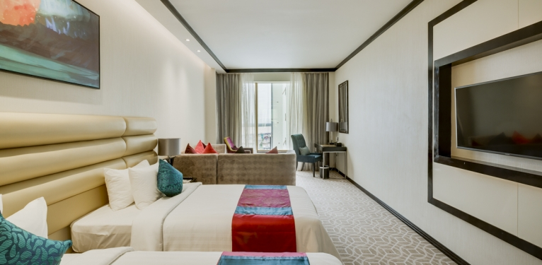Naga2 Room and Lobby mockup 170823_007