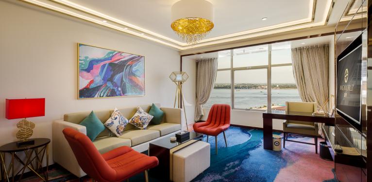 N1 Executive Suite Room191011 - 007